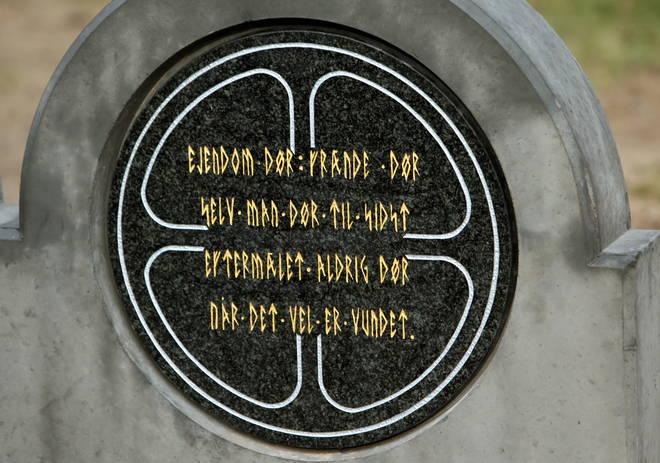 Primer cementerio Ásatrú
